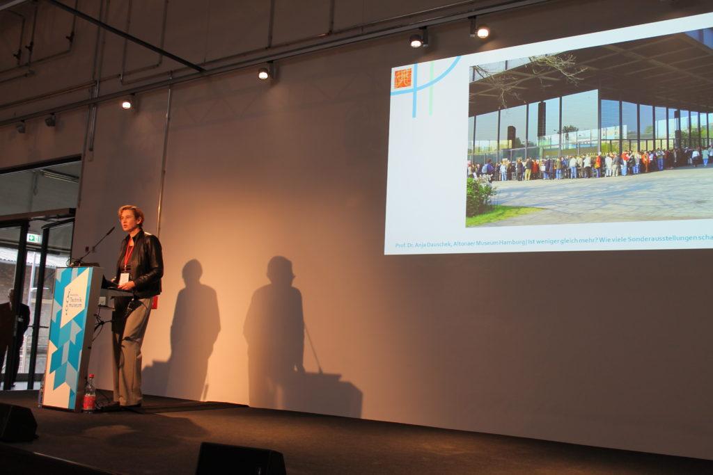 Frau Dauschek auf dem Podium der BVT2017