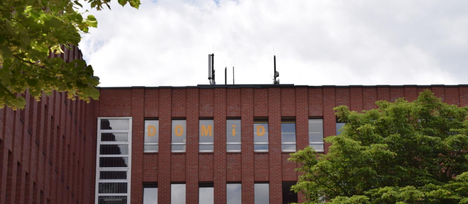 Außenansicht Dokumentationszentrum und Museum