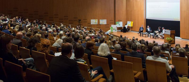 Der gefüllte Tagungssaal bei der Jahrestagung 2017
