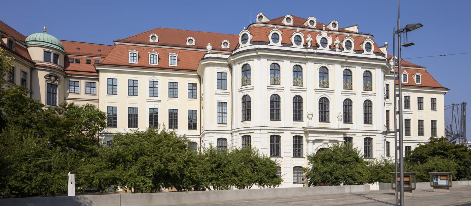 Außenansicht vom Stadtmuseum und der Städtischen Galerie Dresden