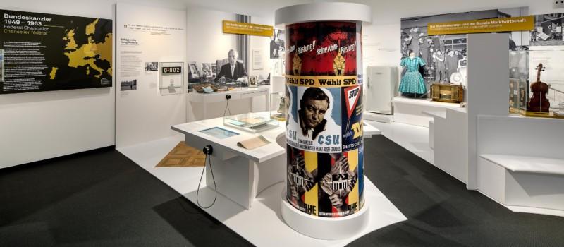 Blick in die Ausstellungsräume des Adenauerhauses