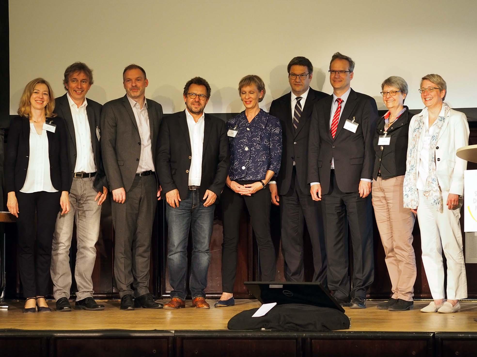Der neue Vorstand des DMB, Links Rita Müller